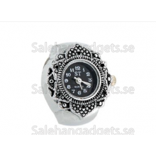 Mini Leaf Style Electronic Finger Ring Watch (Silver)